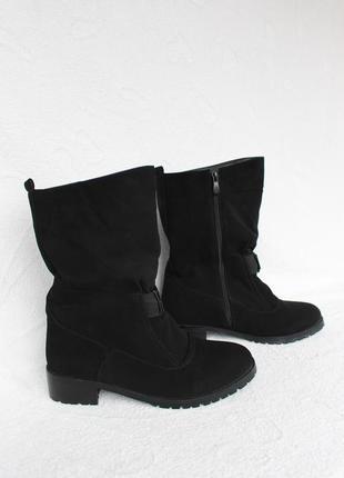 Зимние сапоги, полусапожки, ботинки 39 размера на низком ходу