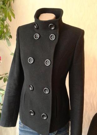 Пальто осень чёрное короткое
