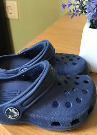 Сланцы для малышей crocs