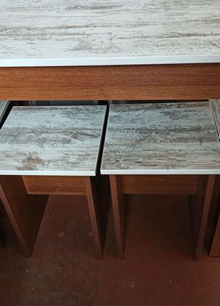 Стол  кухонный + 4 табурета