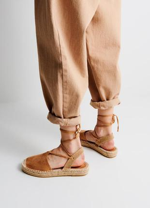 Эспадрильи на шнуровке
