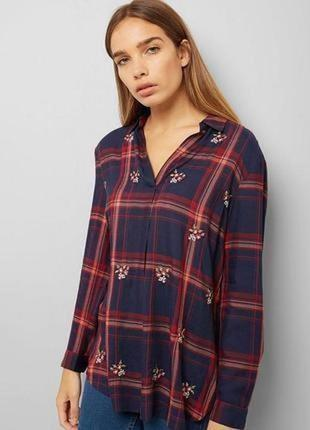 Блузка в клетку с вышивкой цветы размер 4-6 new look
