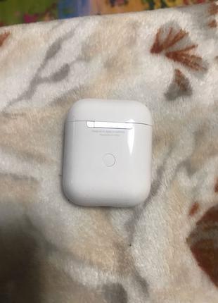 Беспроводные наушники AirPods 2 Apple
