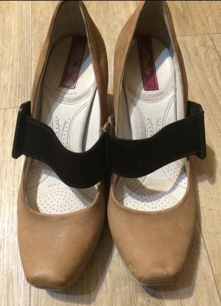 Фирменные туфли с ортопедической стелькой