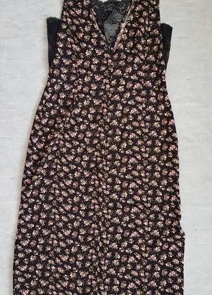Стильное платье миди h&m с кружевом