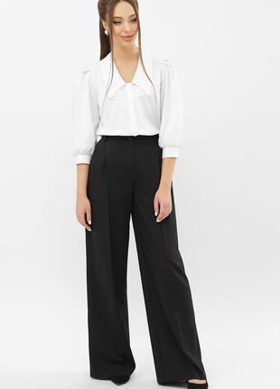 Чёрные широкие брюки-палаццо