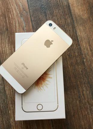 Apple iPhone SE 16 Gb Gold! + Чехол и стекло!