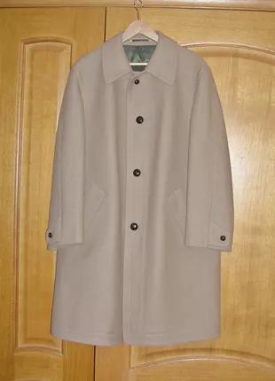 Пальто мужское. 48 размер