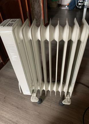 Масляный обогреватель, радиатор