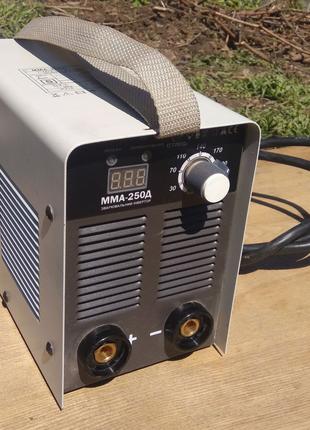 Сварочный инвертор ней аппарат Сталь ММА-250 Д