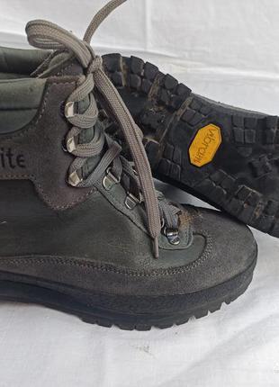 Зимове взуття vibram