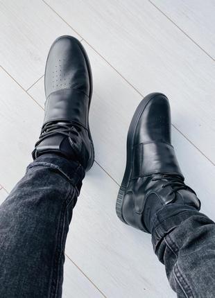 Мужские высокие кроссовки