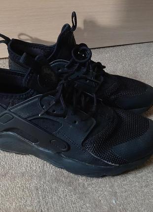Оригинальные кроссовки nike 35-36 размер