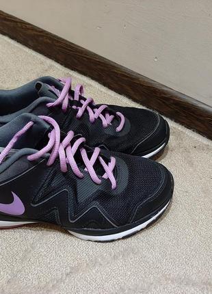 Оригинальные кроссовки nike 40 размер