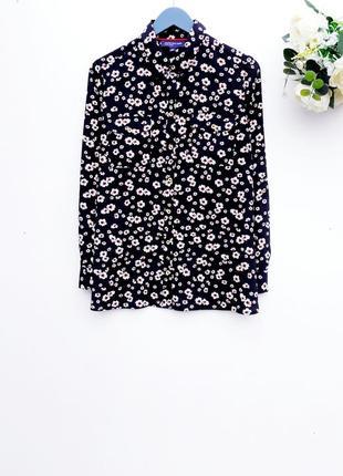 Красивая рубашка в цветочный принт добротная рубашка