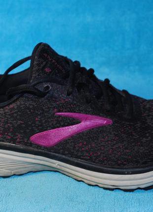 Brooks кроссовки 40 размер