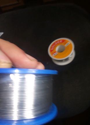 Припой оловяний свинцовый 0.8 мм 2% флюс 100 грм.