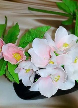 Ободок из зефирного фоамирана. Яблоневый цвет.