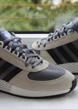 Фірма - кроссовки adidas marathon tech iniki i-5923 .