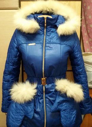 Модная куртка зима подстёжка флис 42р с рукавичками смотрите заме