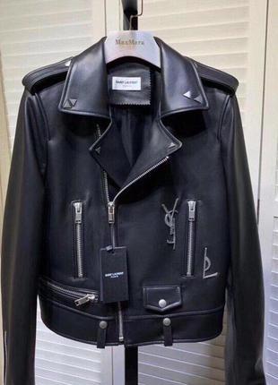 Фирменная женская кожаная куртка косуха