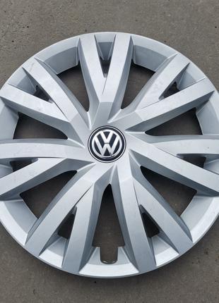Колпак VW R16 Volkswagen GOLF VII 5G0601147B