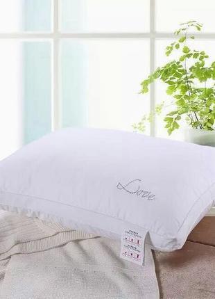 Шелковые одеяла и подушки