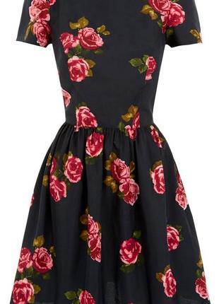 Платье в цветы atmosphere