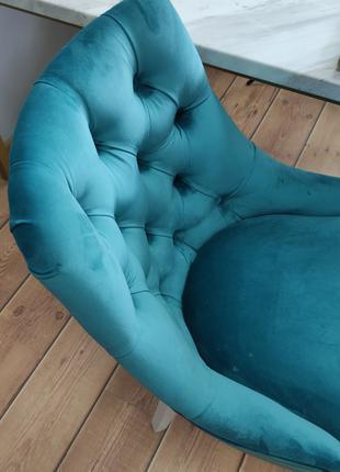 Кресло - стул на деревянных ножках, кресло каминное, мягкий стул