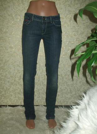 Стильные джинсы guess размер 27