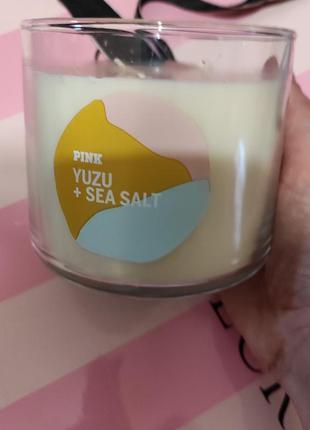 🕯️🌺парфум свеча 3 фитиля 🌸yuzu+sea salt 411 грм 💕victoria's...