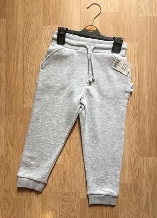 Фирменные теплые штаны на флисе, джоггеры для мальчика george,...