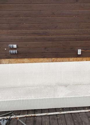 Диван плетеный 3,2м