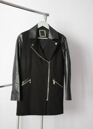 Пальто с рукавами из кожзама River Island
