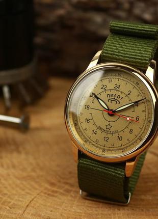 Наручные мужские часы ракета пилот - 24 часа, вахтовые