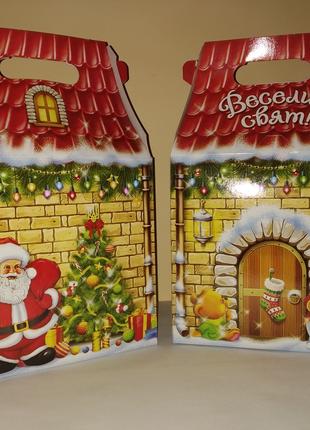 Коробка новорічна упаковка
