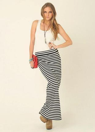 Трикотажная длинная юбка в полоску из вискозы