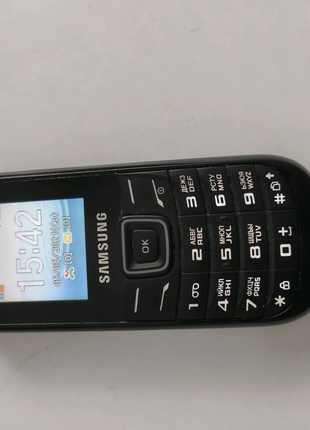 Samsung gt e1202 с двумя сим-картами, с зарядкой