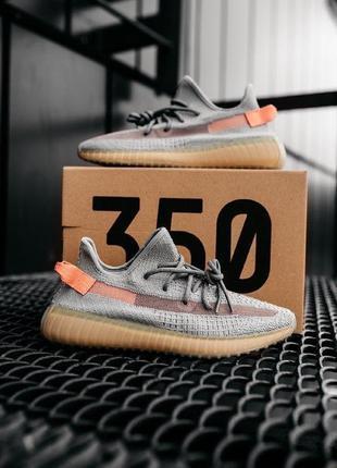 Легкие спортивные кроссовки кеды adidas yeezy 350 серые демисе...