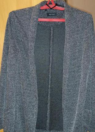 Стильный пиджак свободного кроя, 44-46 рр