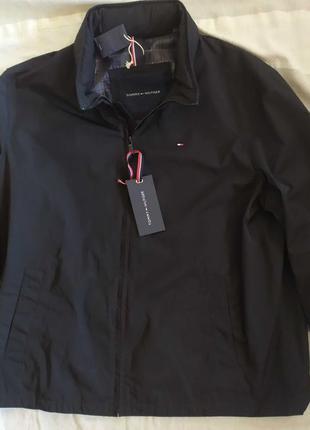 Куртка Tommy Hilfiger.