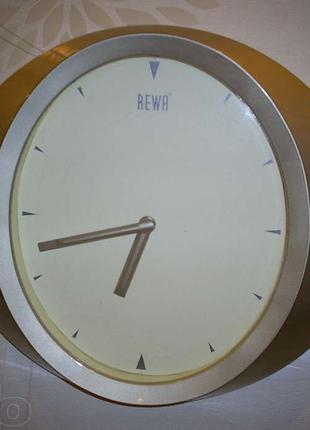 Часы настенные REWA
