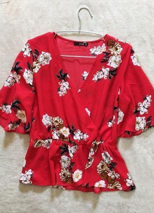 Блуза в цветы на запах