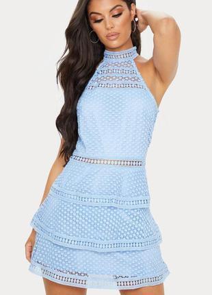 Quiz платье кружевное гипюр голубое с открытой спиной