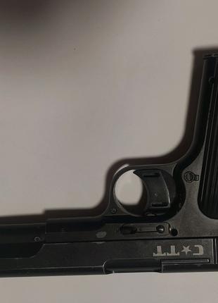 Пневматический пистолет Crosman TT С-ТТ