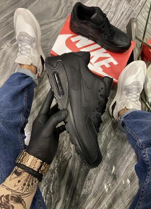 Nike air max 90 triple black