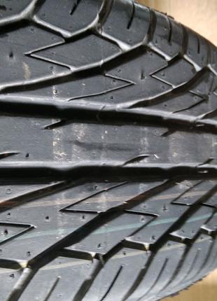 Шина Dunlop 205/60-16