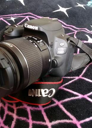 Продам фотоаппарат Canon 200D. Китовый EF-S 18-55mm 1:3.5-5.6 III
