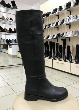 Ботфорты сапоги зимние на низком каблуке