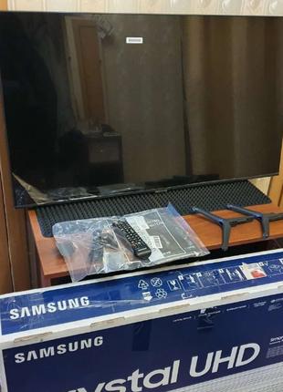"""Телевизор Samsung 43"""" Crystal UHD 7 серия Новый"""